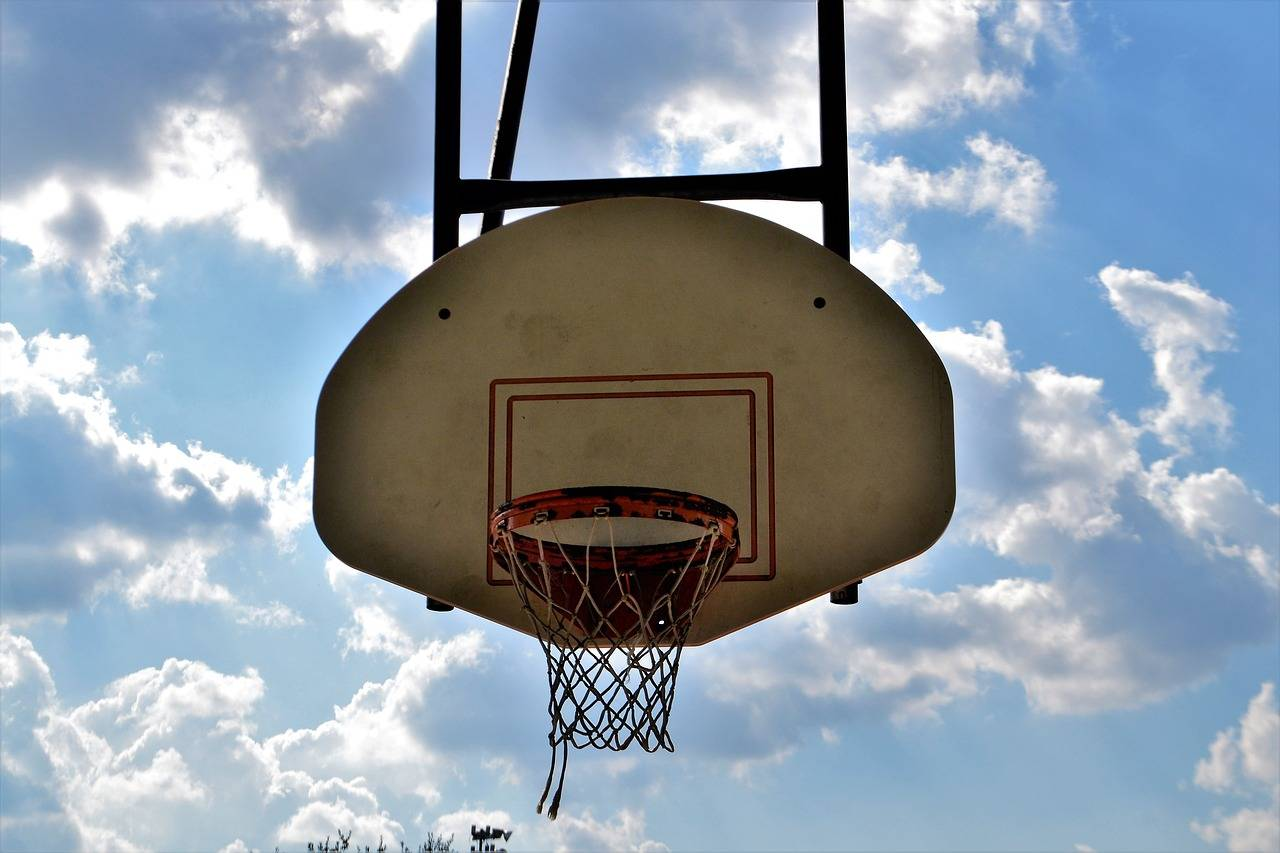 basketball-2801140_1280