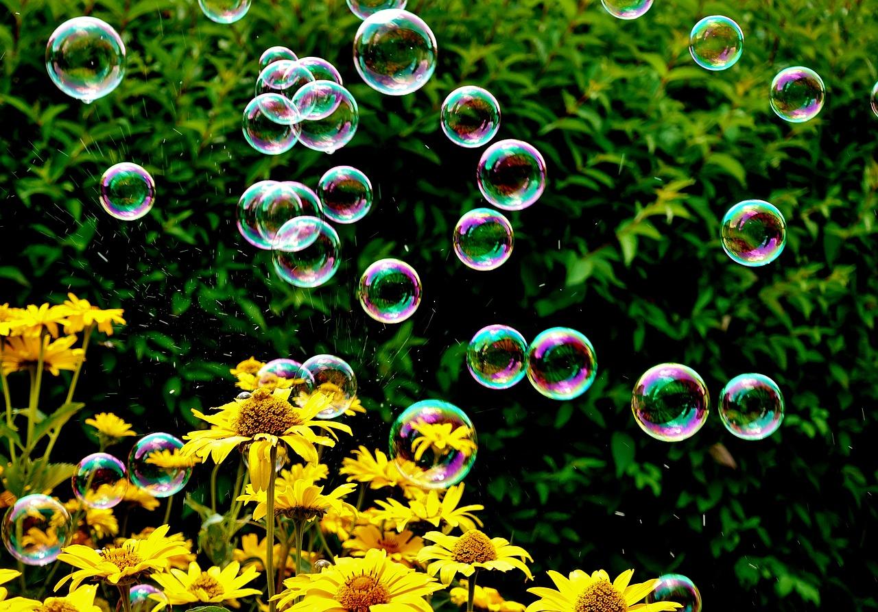 soap-bubbles-3540303_1280