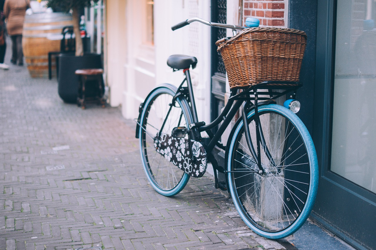 bicycle-1209682_1280
