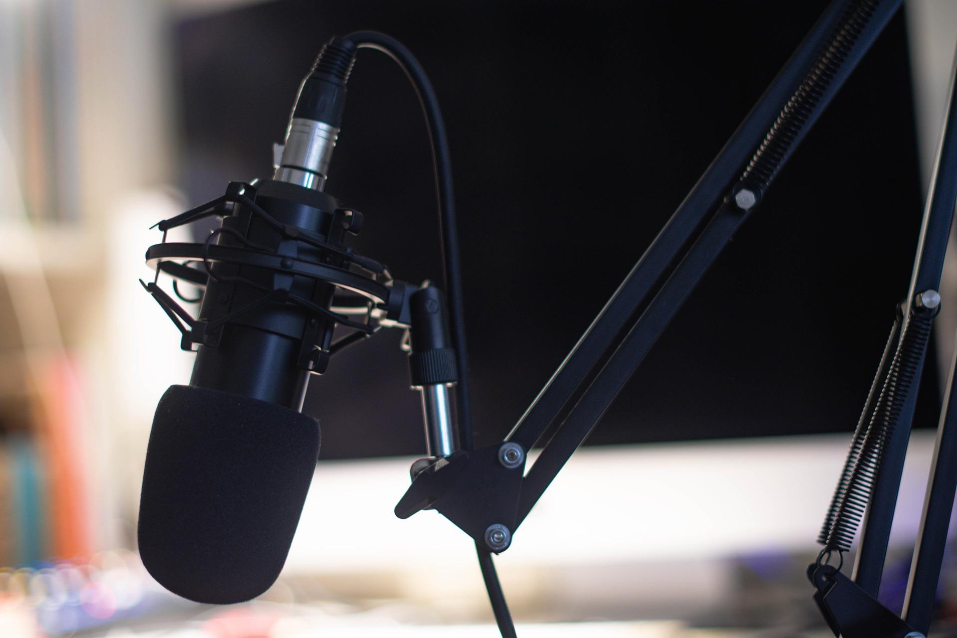 podcast-5138085_1920
